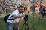 Fotograf robiący zdjęcie